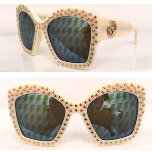 d2beed2d205f Gucci Star studs oversized sunglasses